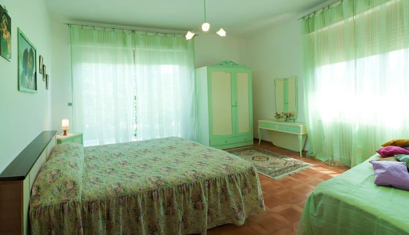 """Villa """"IL FIORELLINO"""" - Capannori di Lucca  - Apartemen"""