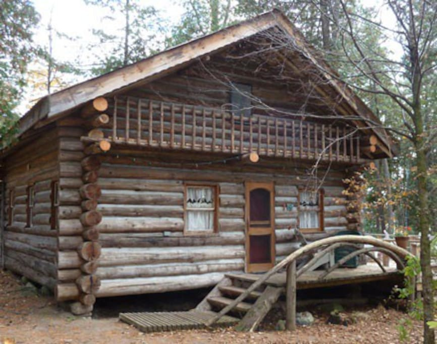 Cottage built by the owner from trees in our bush lot;  100 ft from Mink Lake.