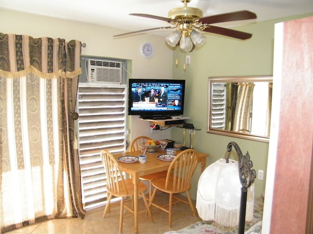 SUNNY II FULLY EQUIPPED EFFICIENCY - Christiansted - Apartamento