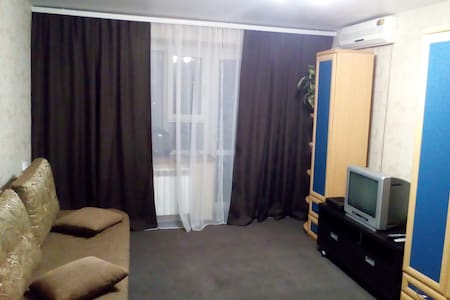 Сдаю 2-х комнатную квартиру посуточно