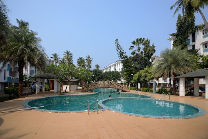 Sunshine Park Homes @ Exclsior 1BHK+pool in Colva - Colva