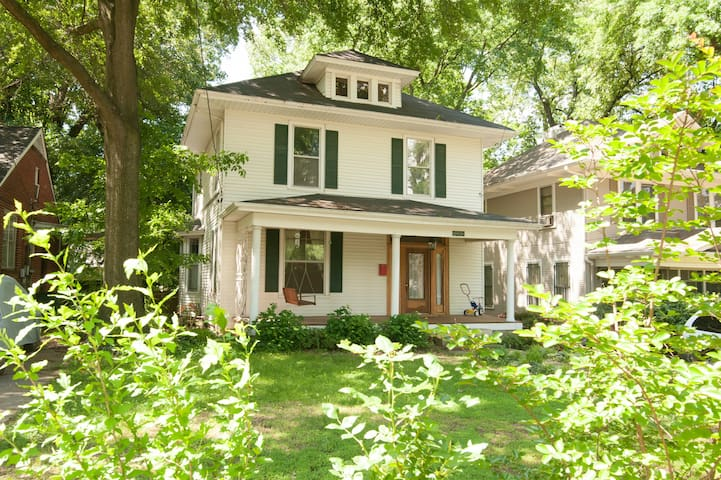 Charming Midtown Home - Memphis - Huis