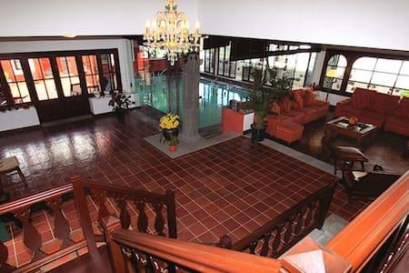 Villa Haria  - Haría