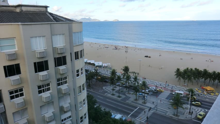 Room in stylish aprtment at Copacabana beach