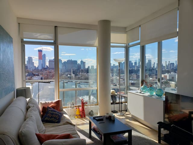 Spacious with amazing views 1 bedroom apartment