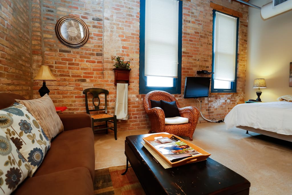 luxury loft studio lincoln park 503 lofts for rent in chicago