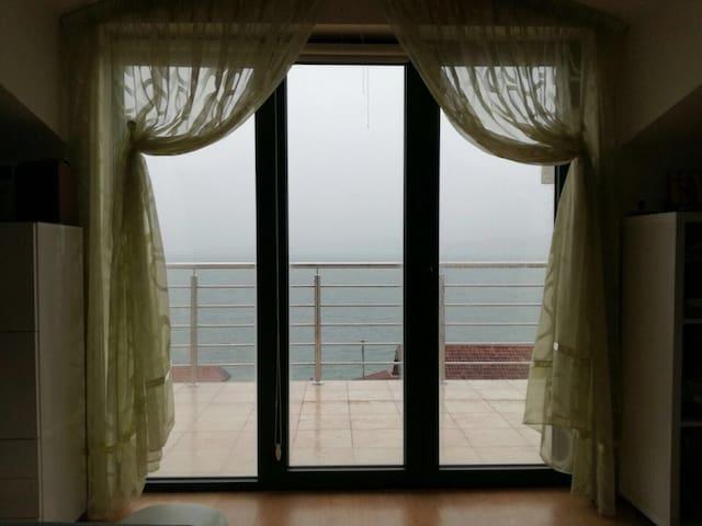 Студия с видом на море вблизи пляжа - Биела - อพาร์ทเมนท์