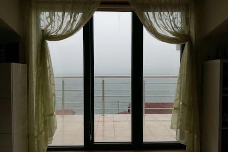 Студия с видом на море вблизи пляжа - Биела - 公寓