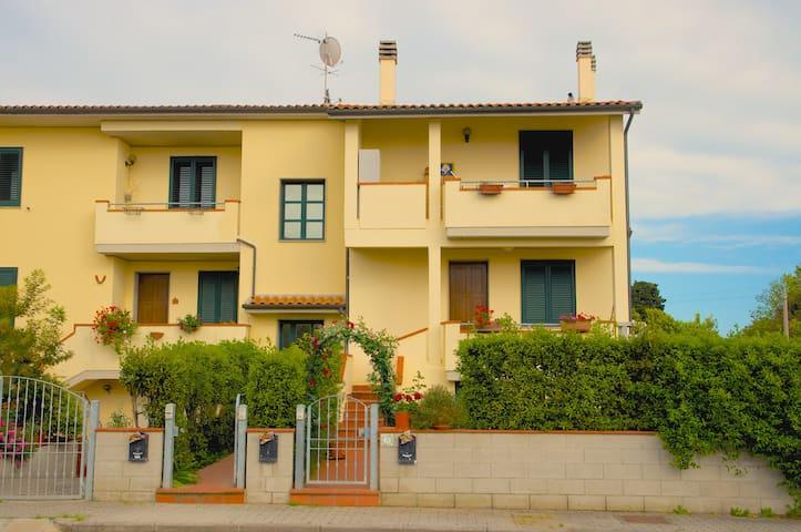 Fully furnished apt close to sea - La Cinquantina - Appartement
