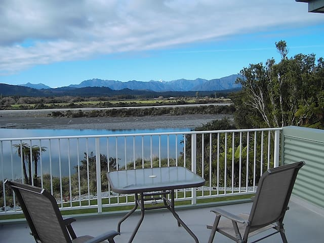 Stunning Riverside Retreat