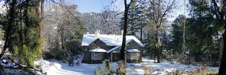 Langdale Lodge - 10 mins walk to Nainital Lake