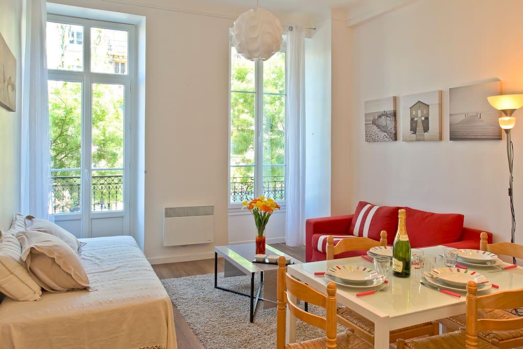Séjour (living-room)