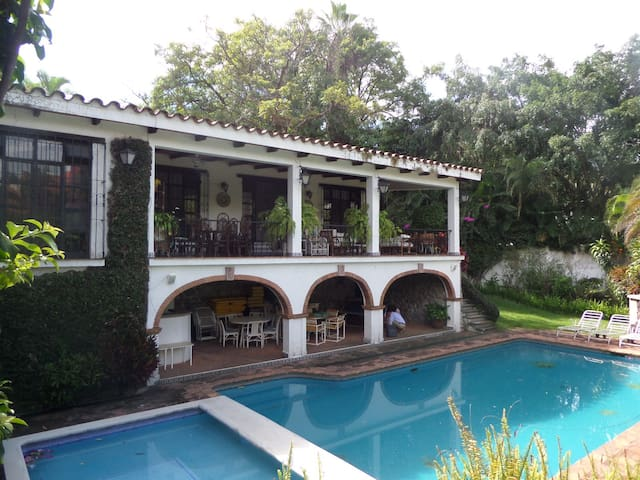 Classical home in Cuernavaca