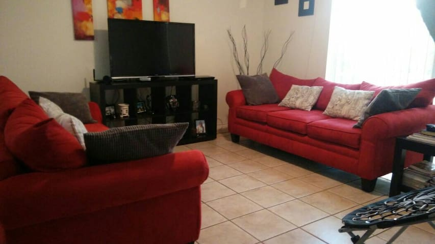 Nice 2Bed 2Bath apartment. - Weston - Villa