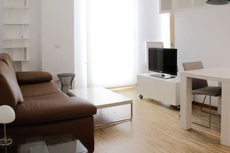 Apartamento luminoso Cervantes