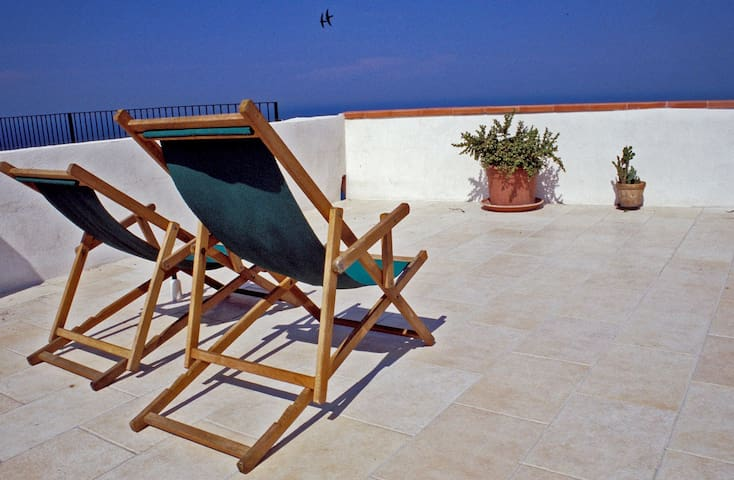 La Ripa-apartment on the cliff edge - Peschici - Apartemen