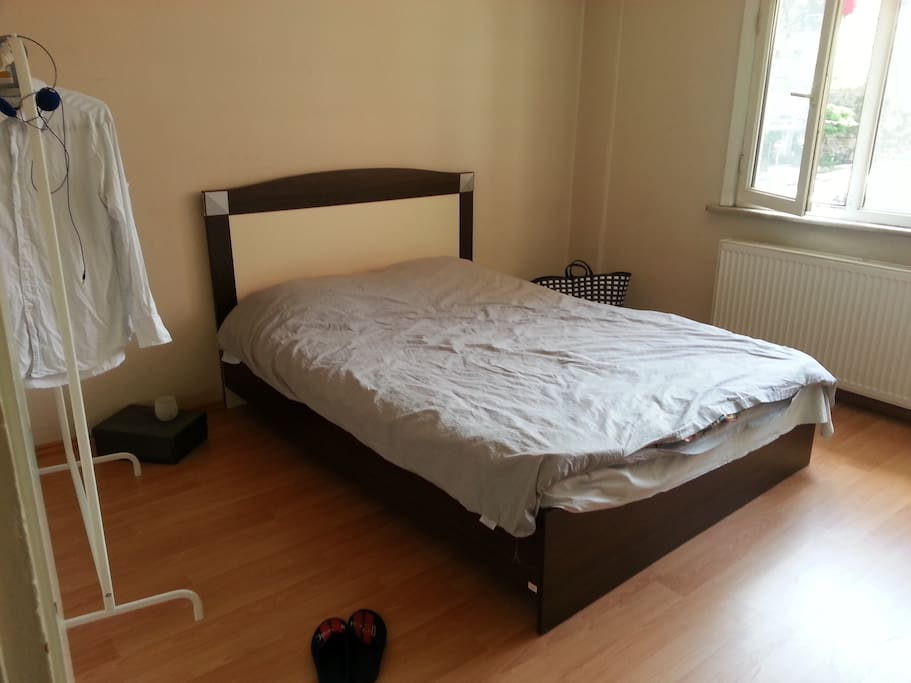Cosy room close to taksim chambres d 39 h tes louer for Chambre hote ruoms