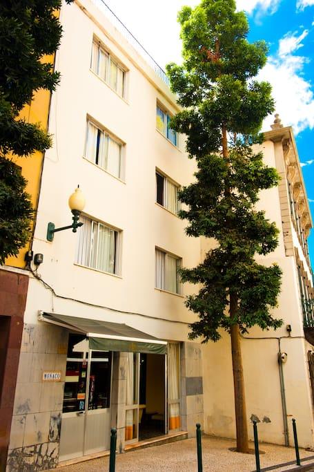 Frente da Residencial Monaco; Entrada