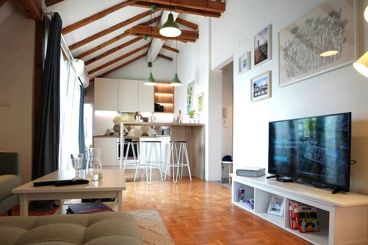 Modern Loft with Balcony in the heart of Sofia