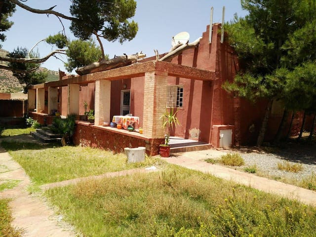 Superbe maison coeur montagnes  l'Atlas Marrakech - Amizmiz - Haus