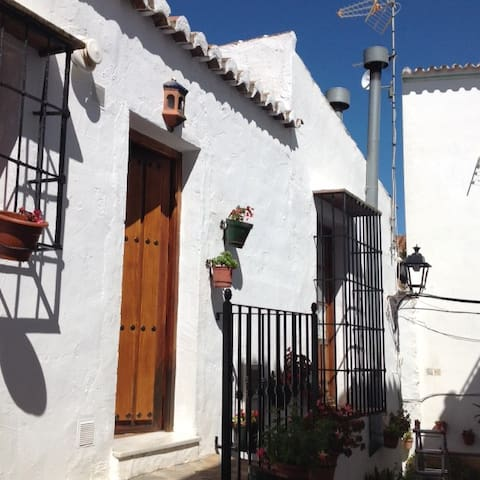 Central Townhouse in Canillas de Aceituno