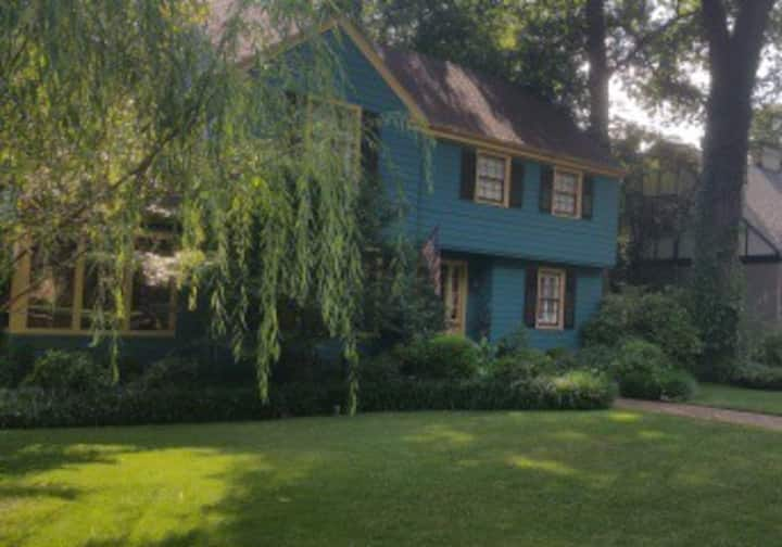 Historic Converse Heights Space Available
