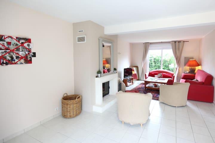 Rent a house in La Loire VALLEY - Fondettes - House
