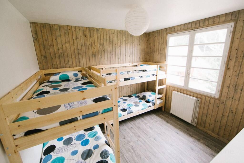 Chambre Lits Superposés (4 places) appartement 3
