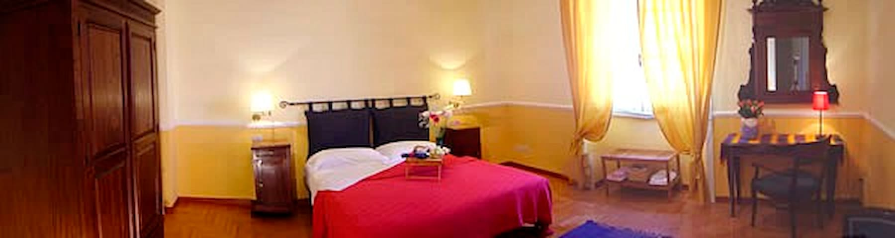 Camera doppia ampia e luminosa - Rome - Bed & Breakfast