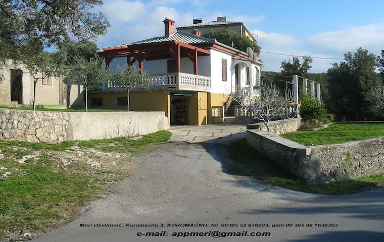 Ideal for family with 3 children - KOROMAČNO - Daire