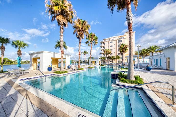 New listing! Cozy coastal condo w/ shared pools, hot tubs, & easy beach access