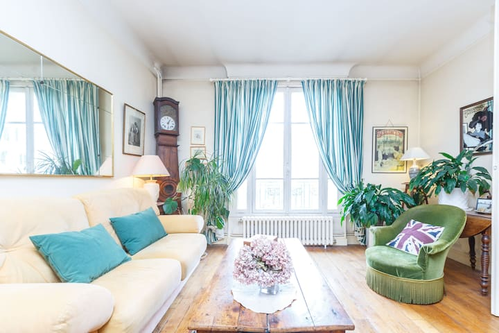 Cozy apartment, Porte St Cloud