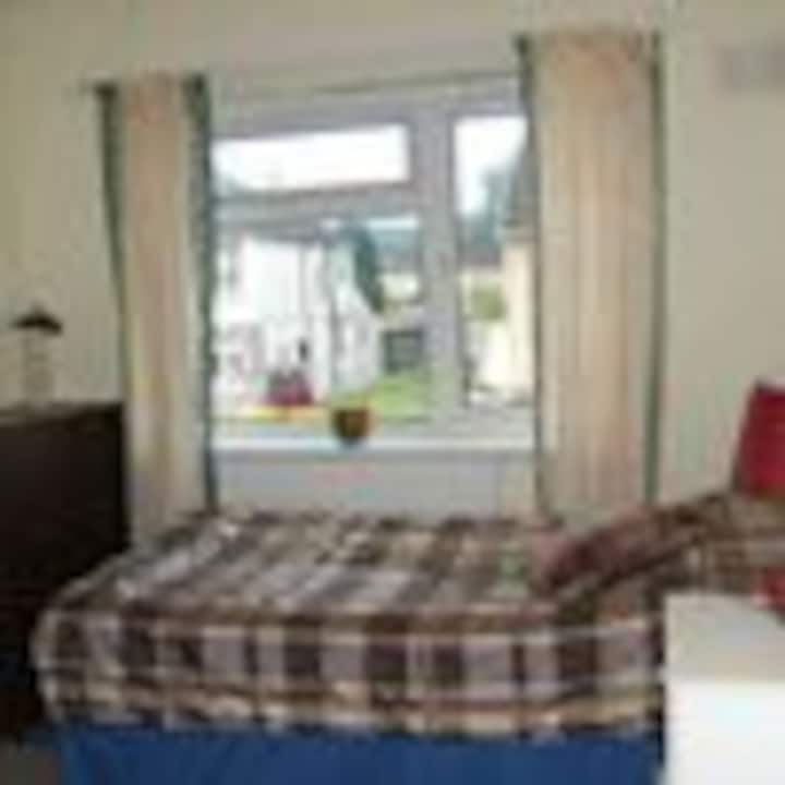Close to Transport for Cardiff City Centre