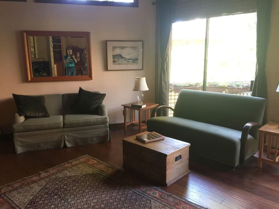 Rustic 1 Bedroom Garden Apartment In Historic Home Apartments For Rent In Berkeley California