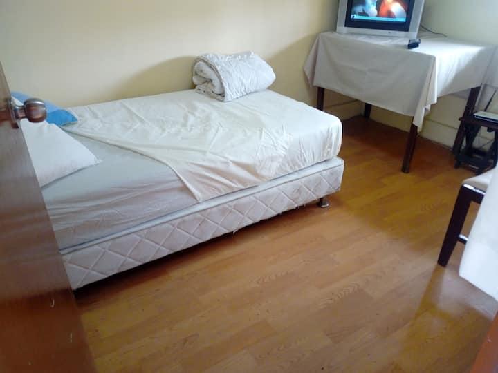 Habitación privada en la mejor zona de Piura.