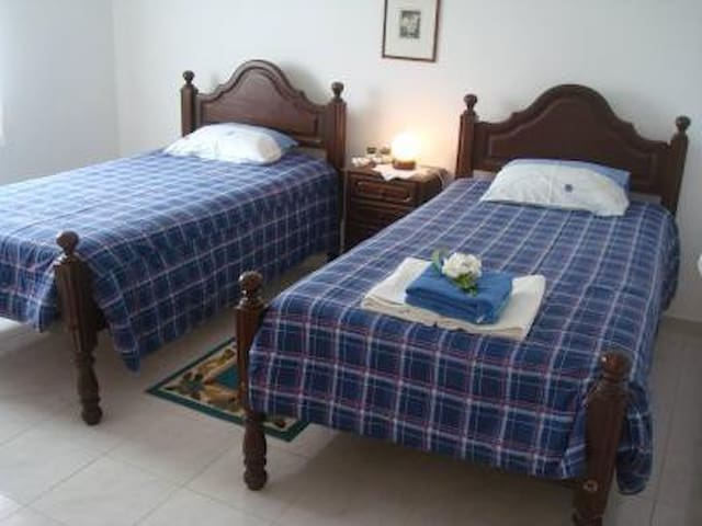 It is rented rooms with private WC  - Sagres - Hus