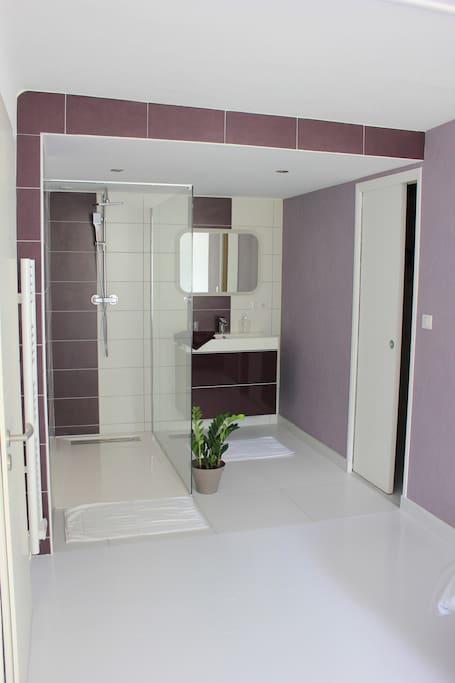 salle de bains chambre parentale