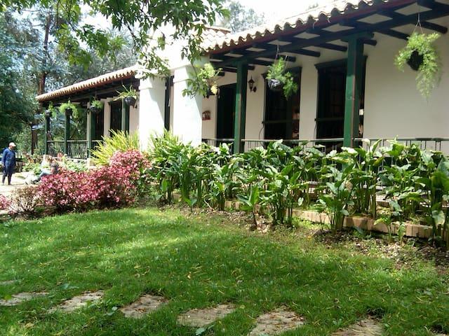 Casa Campestre, Break-Fast - Bogota - Villa
