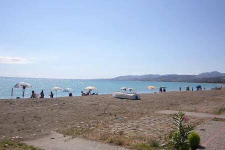 Al mare in calabria cultura e relax - Crosia