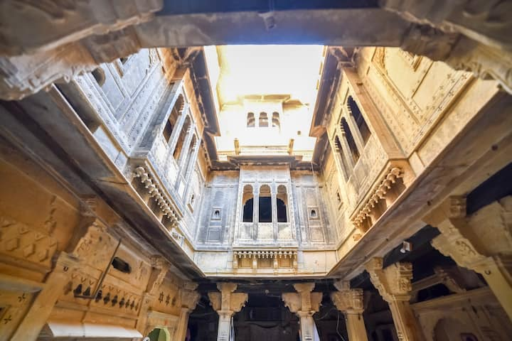 A Historical Stay in a 15th Century Haveli!