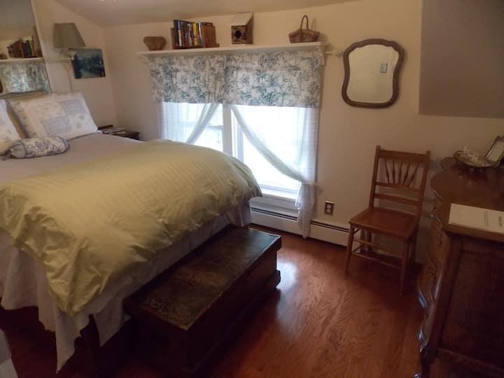 Ye Olde Manor House Oak Room