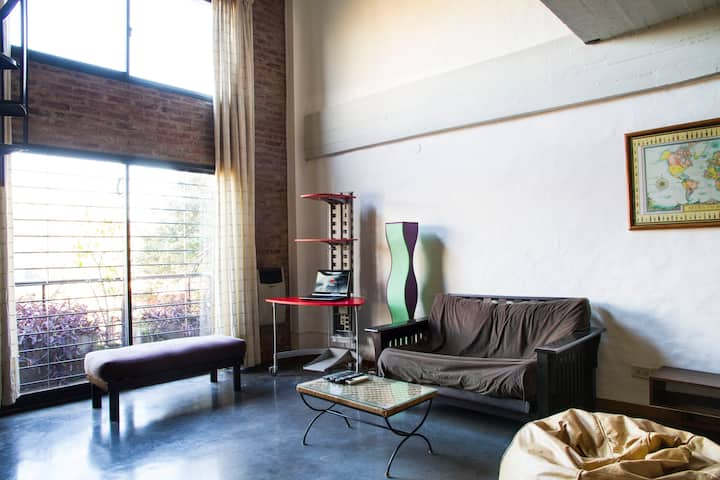 Amazing LOFTpalermo: contemporary and cool