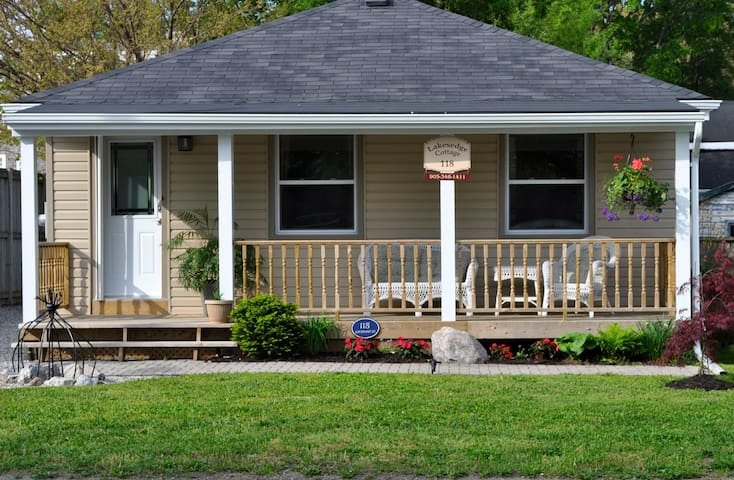 LakesEdge Cottage perfect location - Niagara-on-the-Lake - Cottage
