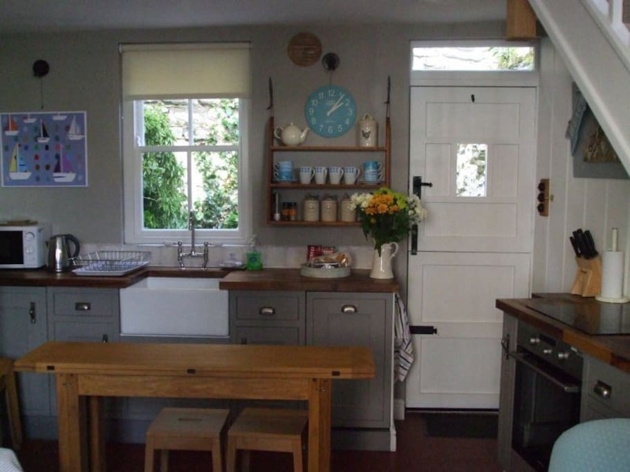Millgate Cottage kitchen fully equipped