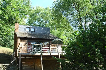 Great chalet with sunny terrace - Hastiere - Chalé