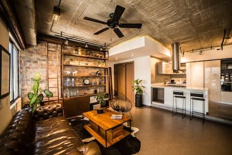 Designer Apt Center and Cabeceras