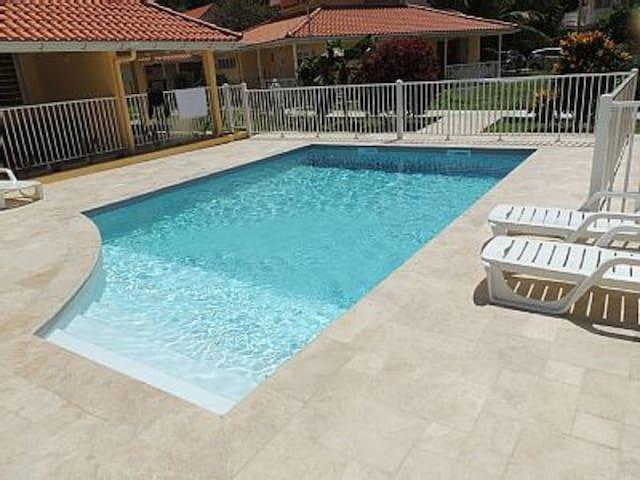 Studio neuf piscine 50m plage Trois Ilets - Les Trois-Îlets - Appartement