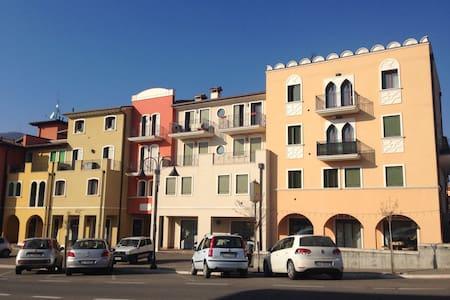 Accogliente nuovo appartamento - Montecchia di Crosara - อพาร์ทเมนท์