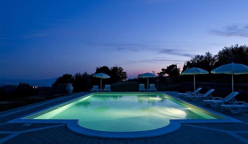Country house on Trasimeno Lake - Trecine - Apartamento