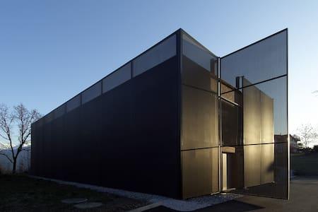 Habitation d'architecte 10' de Sion, Valais Suisse - Grimisuat - Loft